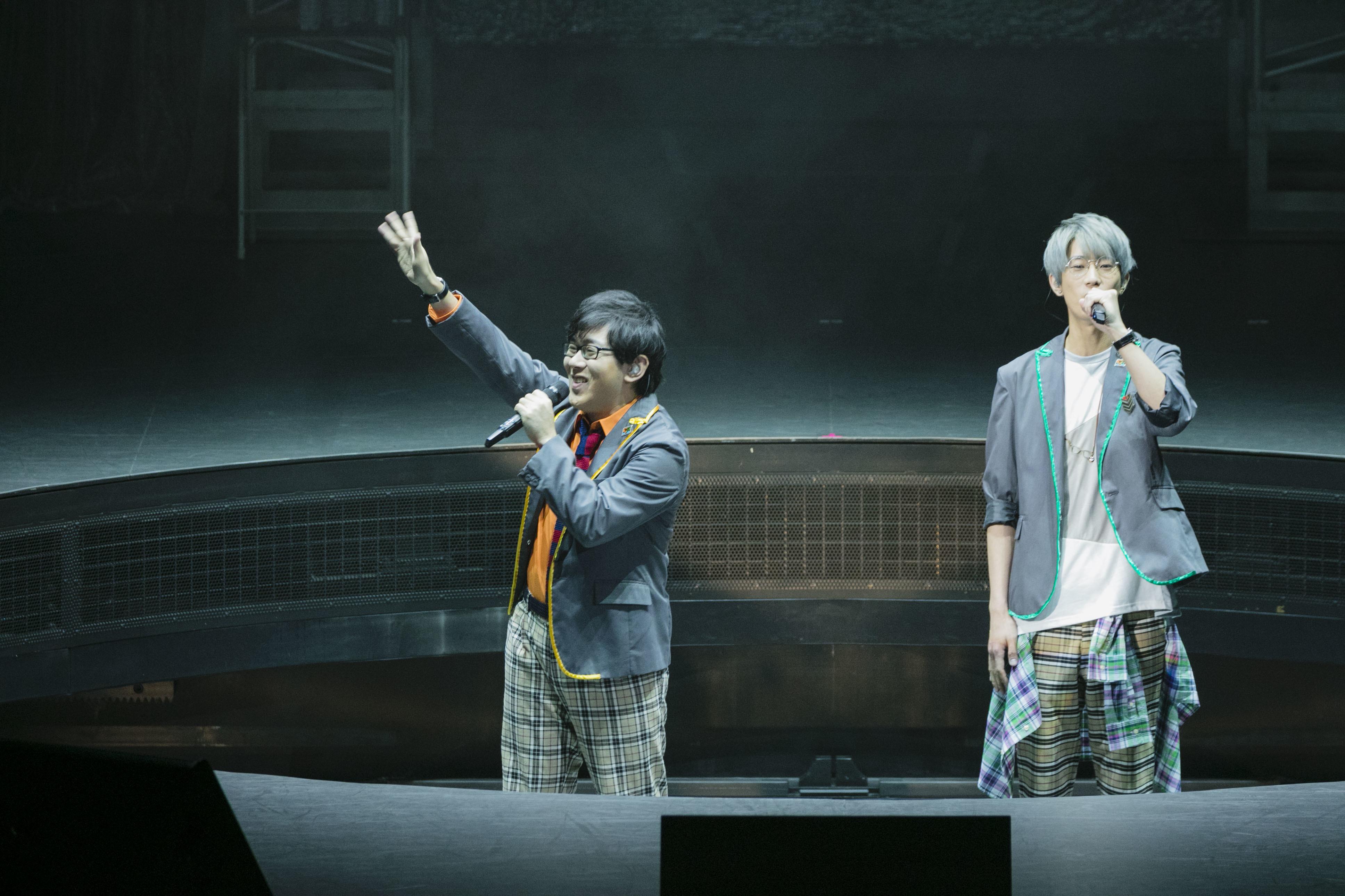 (左から)小野友樹、江口拓也