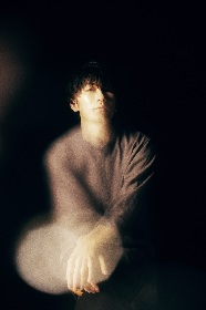 TK from 凛として時雨、『東京喰種トーキョーグール』OPテーマ「unravel」がSpotify全世界再生回数1億回を突破(コメントあり)