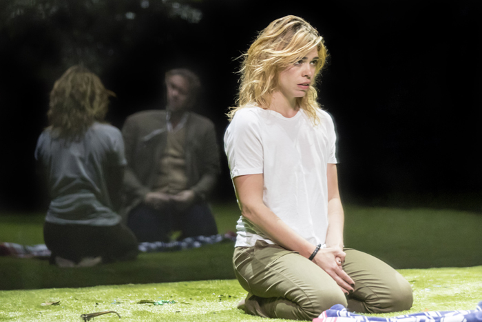Billie Piper (Her) in Yerma at the Young Vic (Photo by Johan Persson)