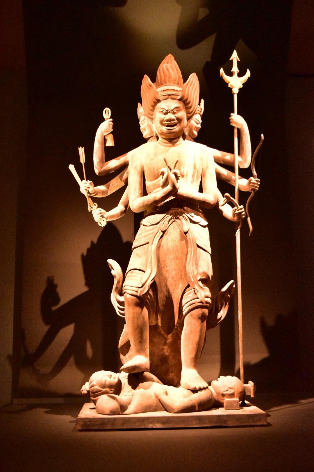 重要文化財 降三世明王立像 平安時代 11世紀 福井・明通寺