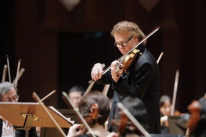 デュメイのヴァイオリンが当たり前に聴ける贅沢と言ったら… (C)s.yamamoto