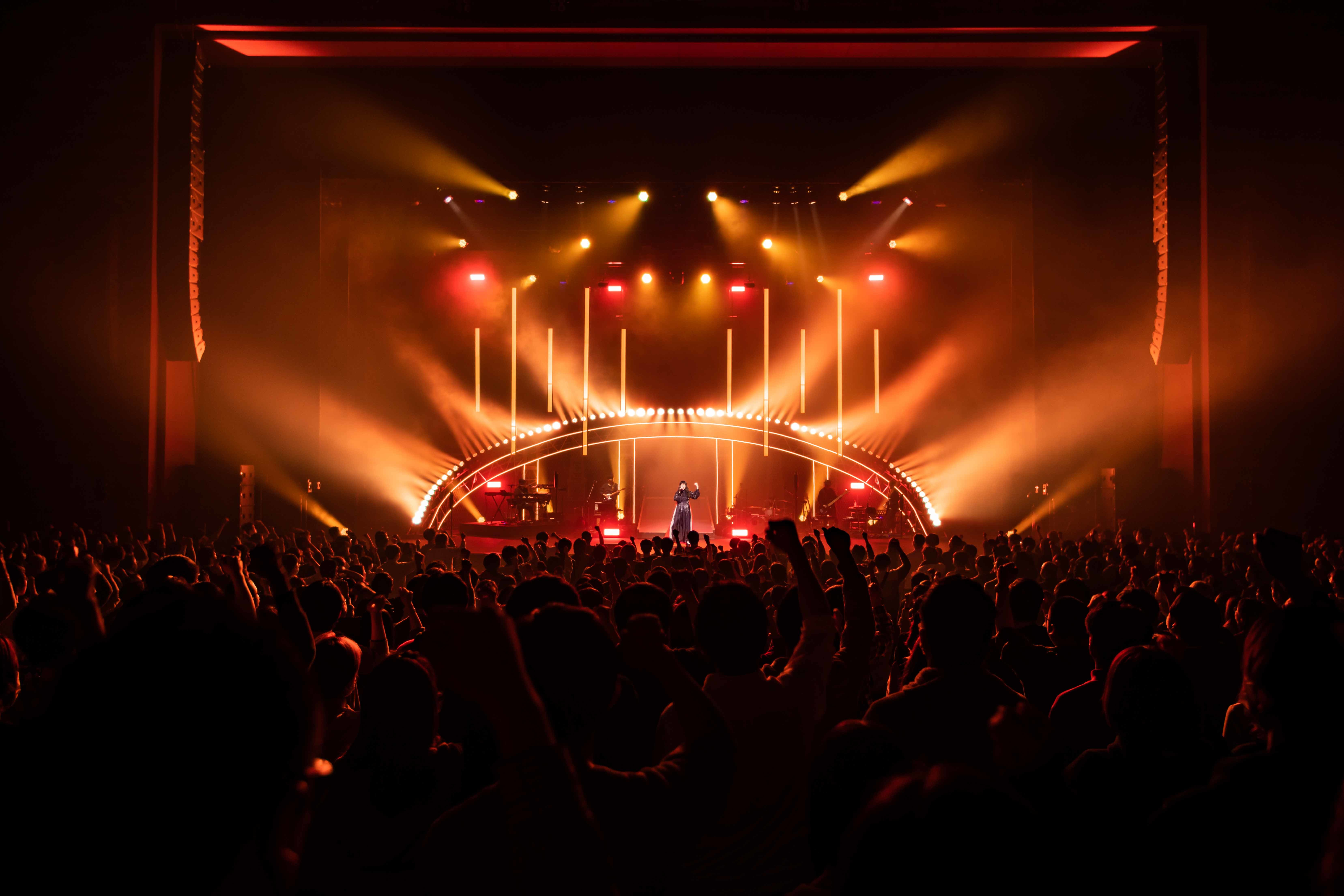 """『Aimer Hall Tour 19/20 """"rouge de bleu""""』ファイナル"""