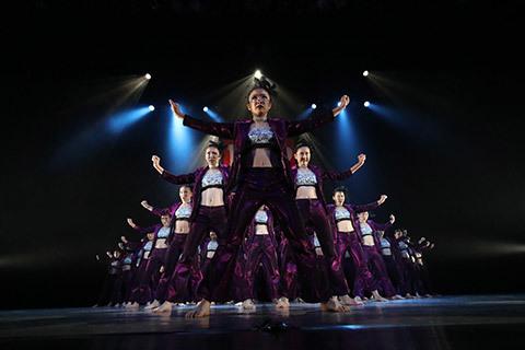 大阪府立堺西高等学校ダンス部STORM CREW