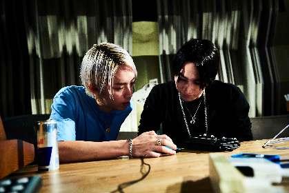 "SKY-HI×SALU、「Goodbye To The System」のMV公開 アルバム制作の舞台裏を記録した写真展を""1日限定""で開催決定"