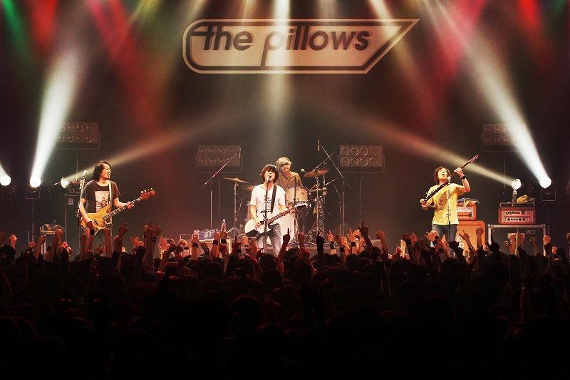 the pillows 撮影=岩佐篤樹