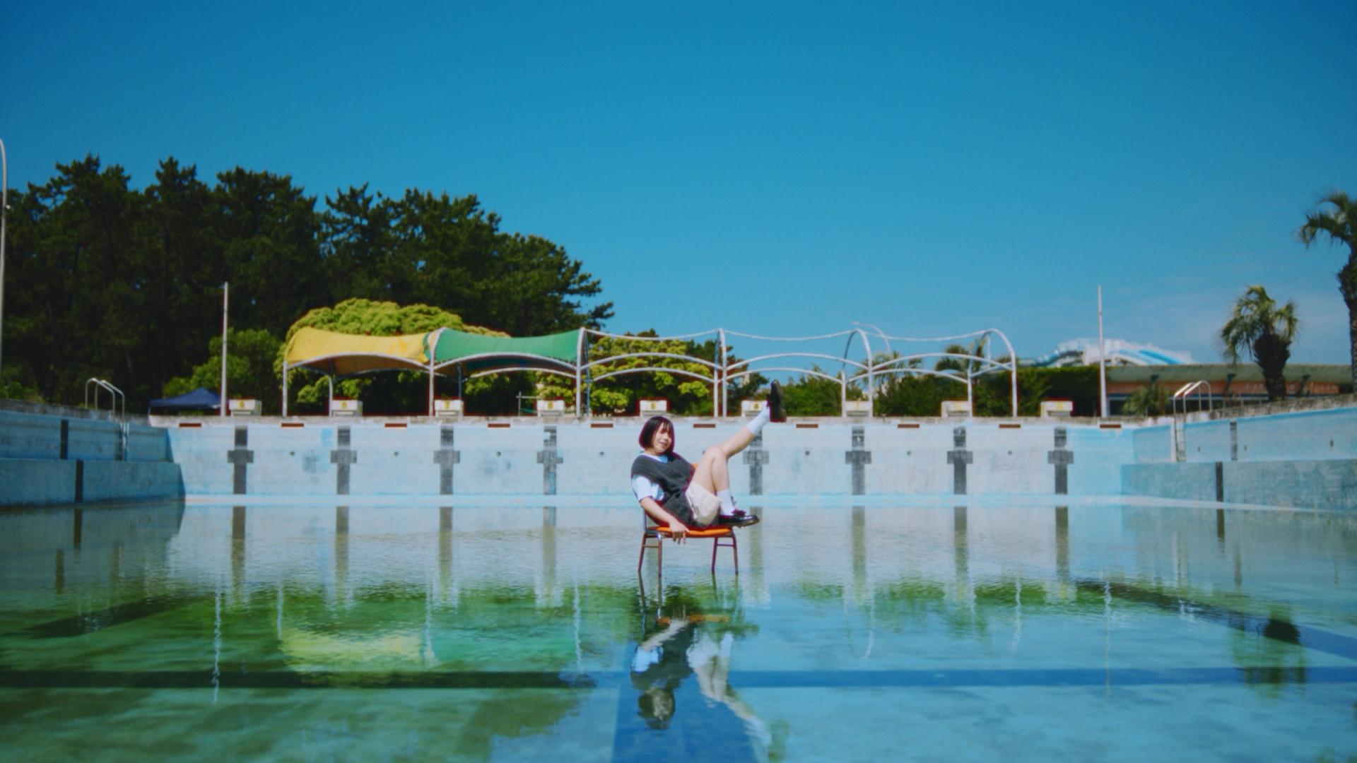 「夏」ミュージックビデオサムネイル