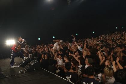 銀杏BOYZがtetoを招いたツアー初日、半年ぶりのライブで放った圧倒的エネルギー