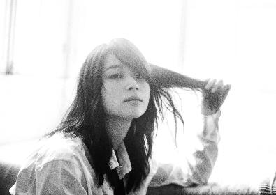 片平里菜、新曲「HEY!」MVのメイキング映像を公開
