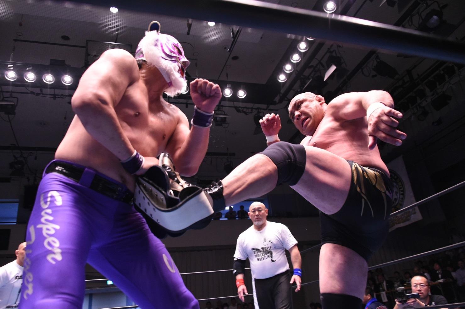 前回の6・20後楽園でタッグ戦を行ったスーパー・タイガーと藤田和之