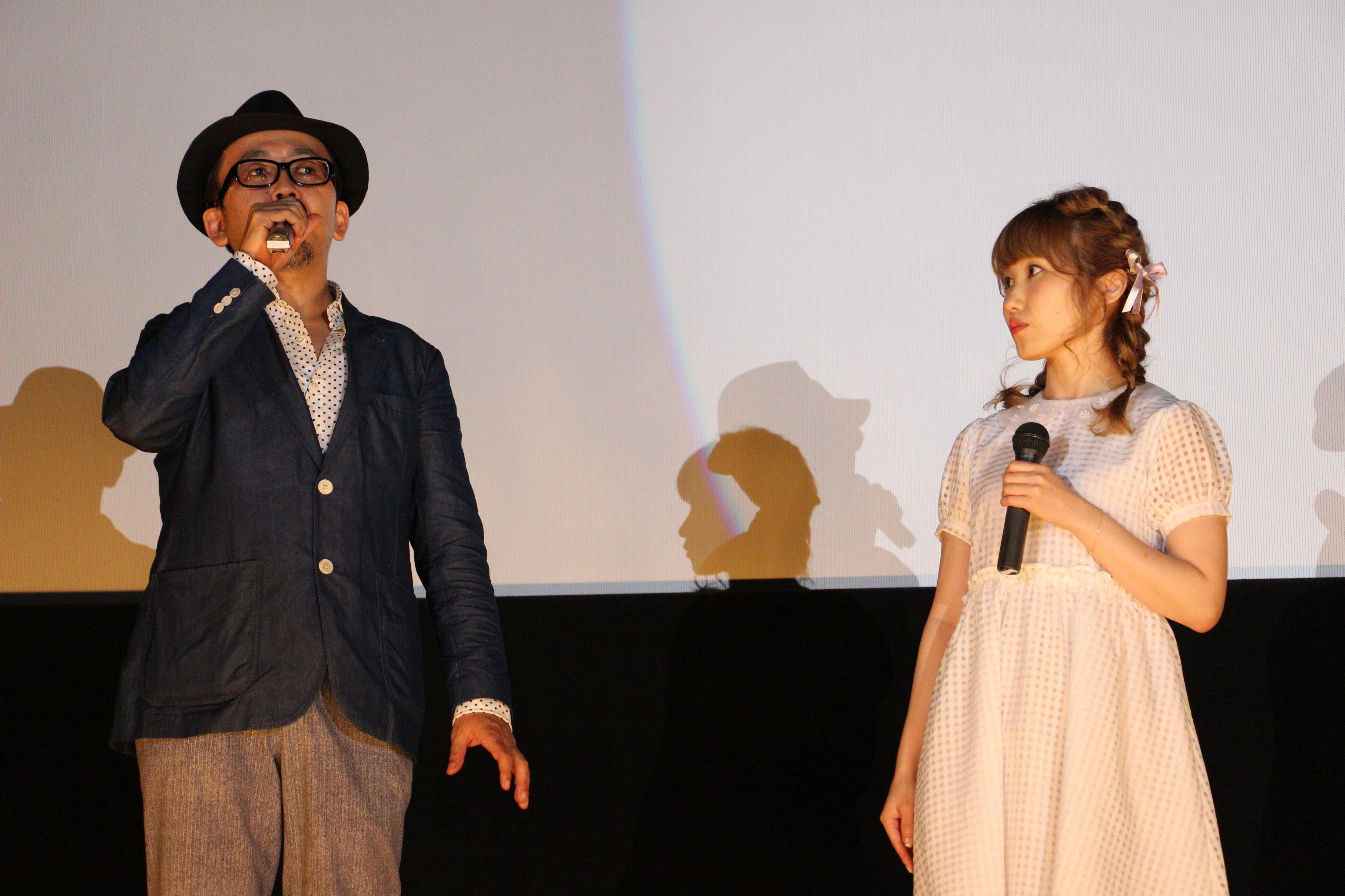 大阪での内田彩、FROGMAN初日舞台あいさつのようす