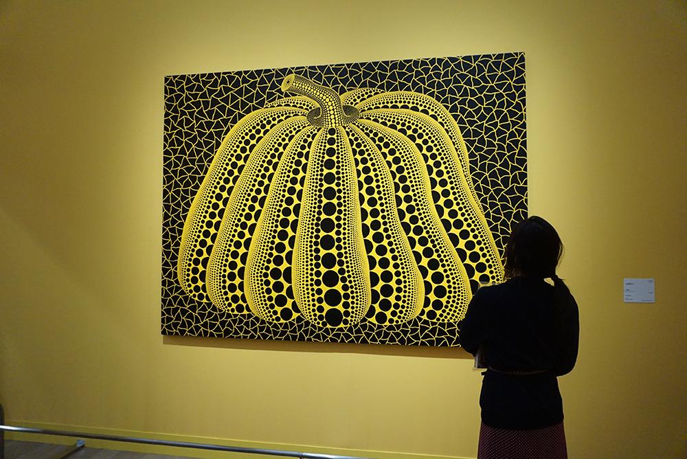 草間彌生『かぼちゃ』1999年 アクリリック/カンヴァス 松本市美術館 ©YAYOI KUSAMA
