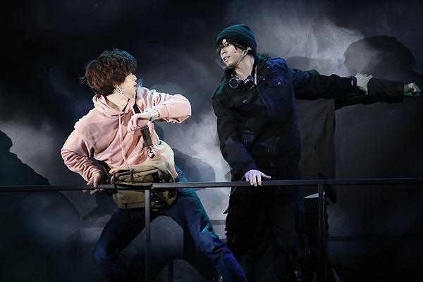 『怪盗探偵山猫 the Stage』舞台写真 (C)Manabu Kaminaga/KADOKAWA/エイベックス・ピクチャーズ
