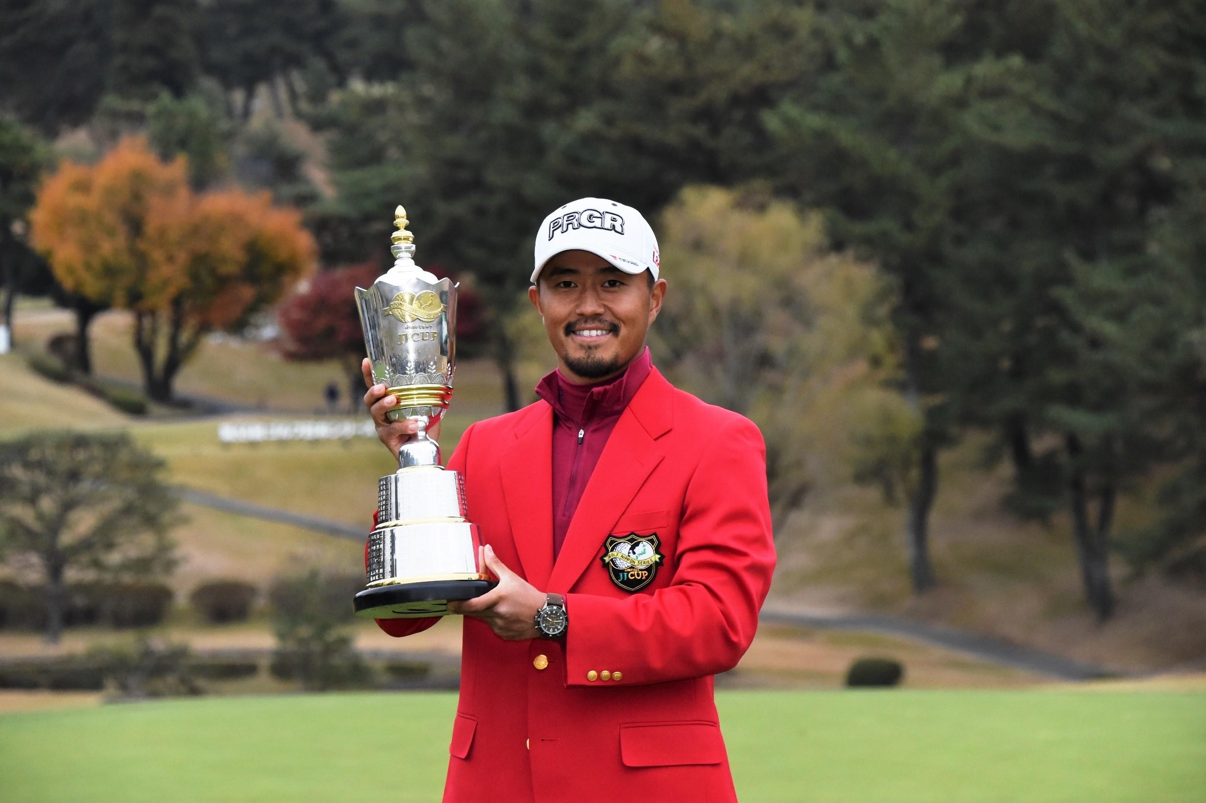 昨年の『ゴルフ日本シリーズJTカップ』で優勝した小平智