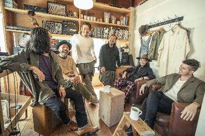 OAU、ベストアルバム『Re:New Acoustic Life』のアートワークが解禁、CDジャケットほか完全生産限定盤の特典ヴィジュアルも公開