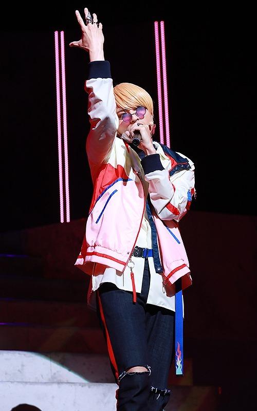 小南光司(燕 夏準)  ©Paradox Live on Stage2021