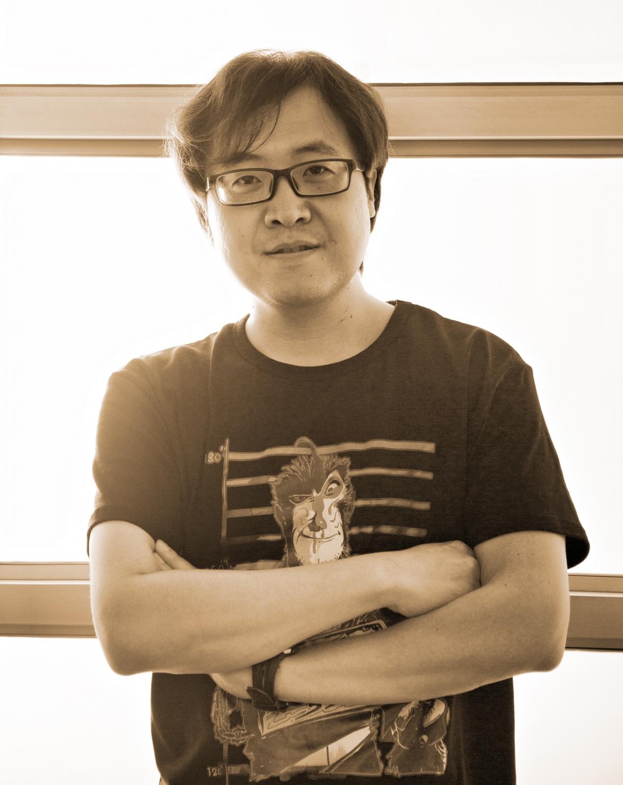田暁鵬監督