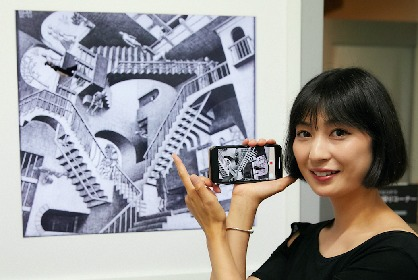 『ミラクル エッシャー展』でインスタ映え! モデルが教える自撮りテクで、フォトスポットを巡ろう