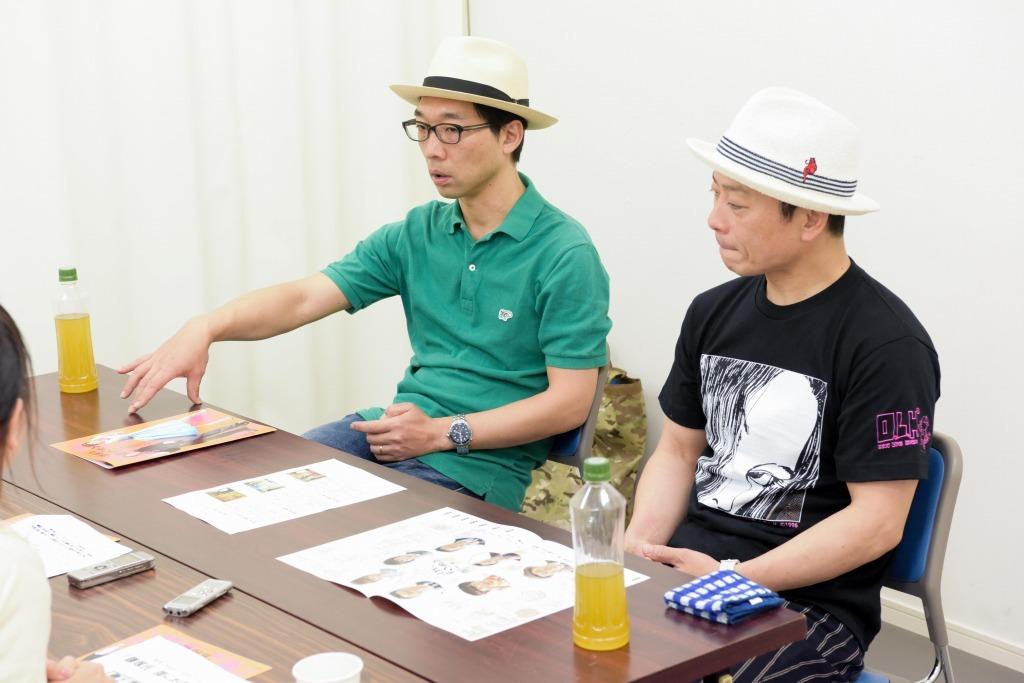 (左から)倉持裕、三宅弘城
