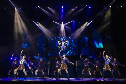 舞台『少女☆歌劇 レヴュースタァライト -The LIVE 青嵐- BLUE GLITTER』上演開始 配信も実施中