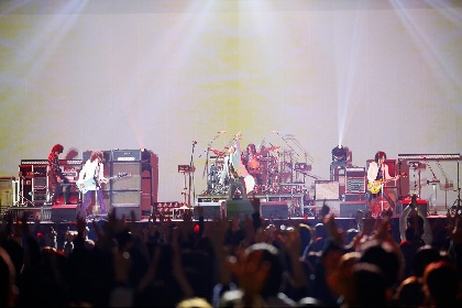 THE YELLOW MONKEY 19年ぶりアルバム『9999』試聴会にメンバーサプライズ登場、全曲を生演奏で披露