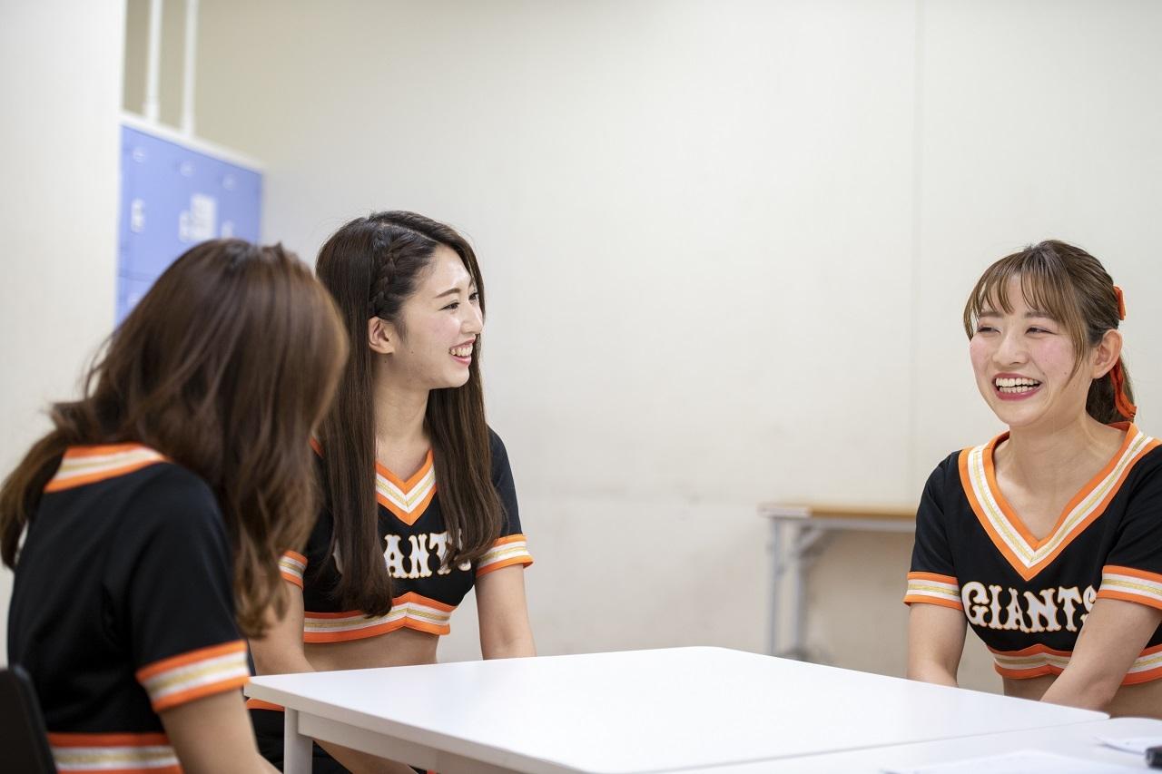 東京ドームで試合がない日には、ヴィーナスのメンバー21人が揃って都内のスタジオでダンスレッスンを行うとか