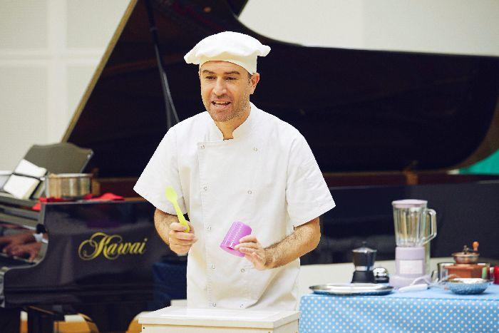キッチン道具が楽器に!? どんな料理ができるのかな「リズミカル・キッチン」