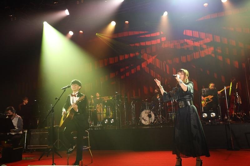 オーイシマサヨシ×鈴木愛奈 (c)Animelo Summer Live 2020