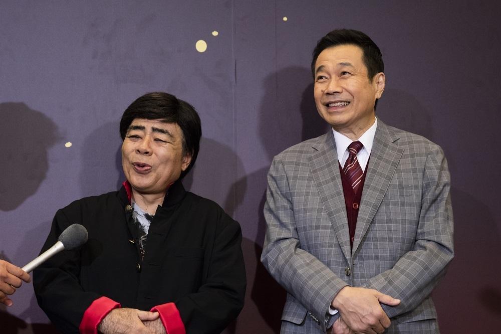 (右から)三宅裕司、小倉久寛