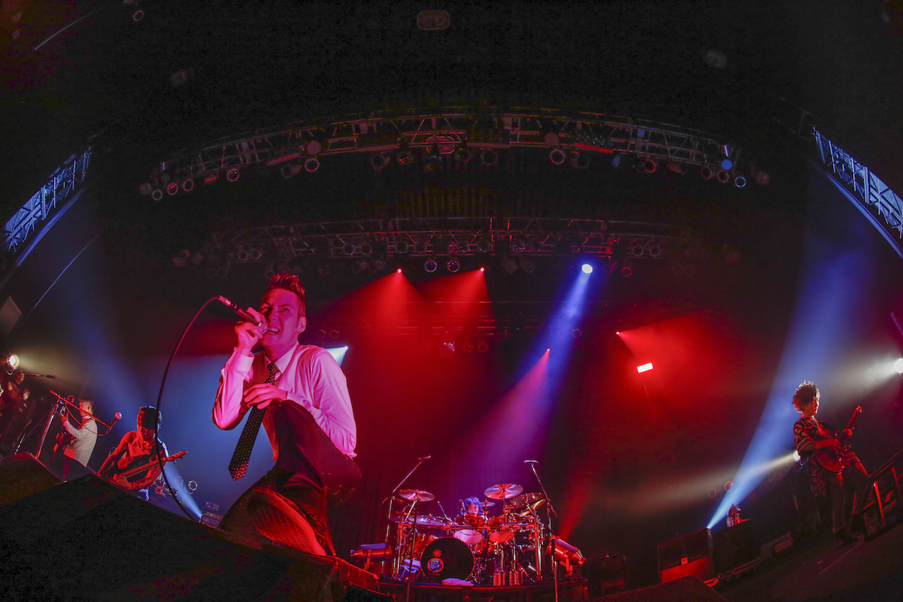 OBLIVION DUST  Photo by 田中和子