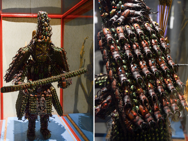 稲村米治《5000匹の昆虫の死骸で製作した新田義貞像》(左は全体、右は部分拡大)