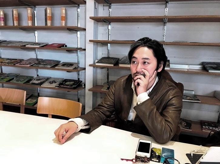 タニノクロウ(庭劇団ペニノ) [撮影]吉永美和子