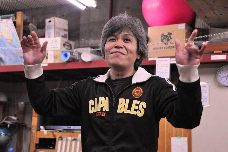 「殺人犯」と「童話作家」を演じる久保田浩。