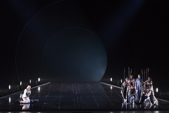 新国立劇場『ワルキューレ』』ゲネプロ(撮影:寺司正彦 提供:新国立劇場)