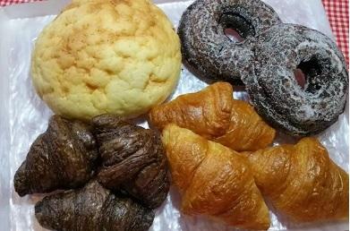 ザンギ、ポテト、塩焼きそば、手作りパンなどを用意した「Dream Marche」