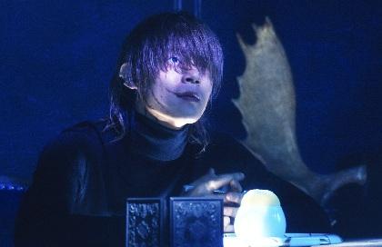 窪田正孝が恍惚の表情でスフレを語り、食し、迫りくる 映画『Diner ダイナー』本編映像の一部を解禁