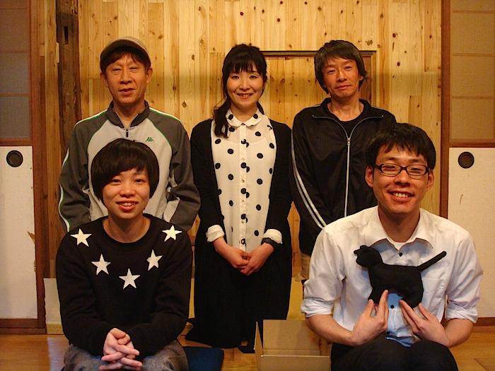 『後厄』の出演者一同。前列左から・古家暖華、森本涼平 後列左から・矢野健太郎、藤島えり子、棚瀬みつぐ