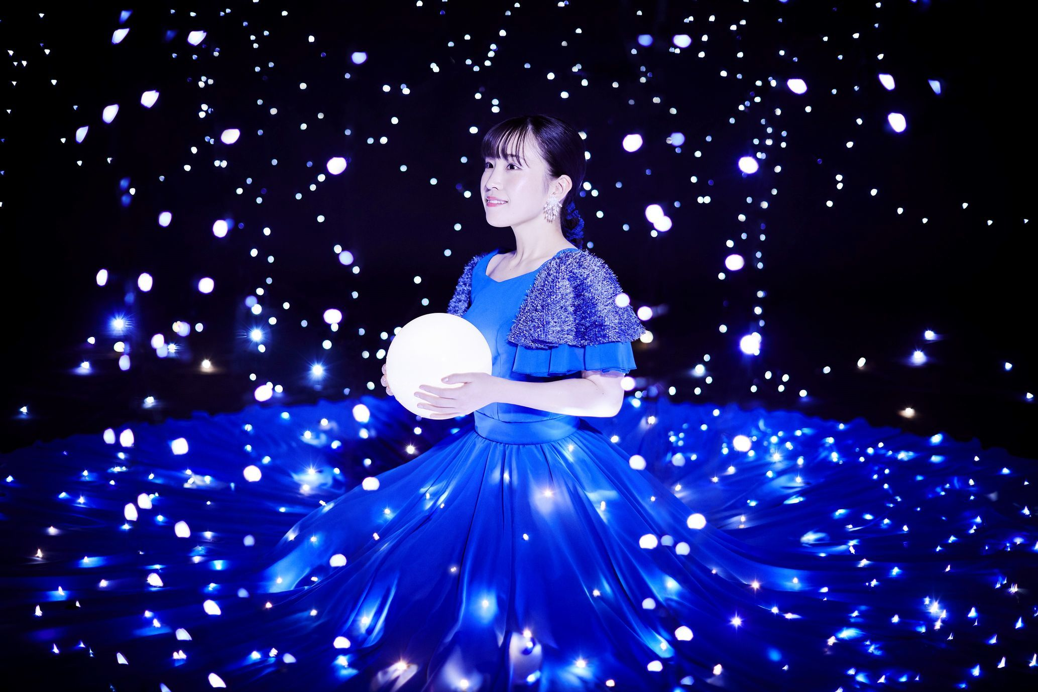 鈴木みのりアーティスト写真