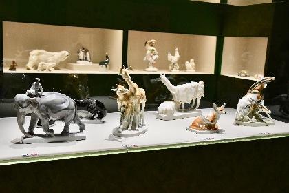 パナソニック汐留美術館『マイセン動物園展』レポート リアルで愛らしい動物たちが勢ぞろい!