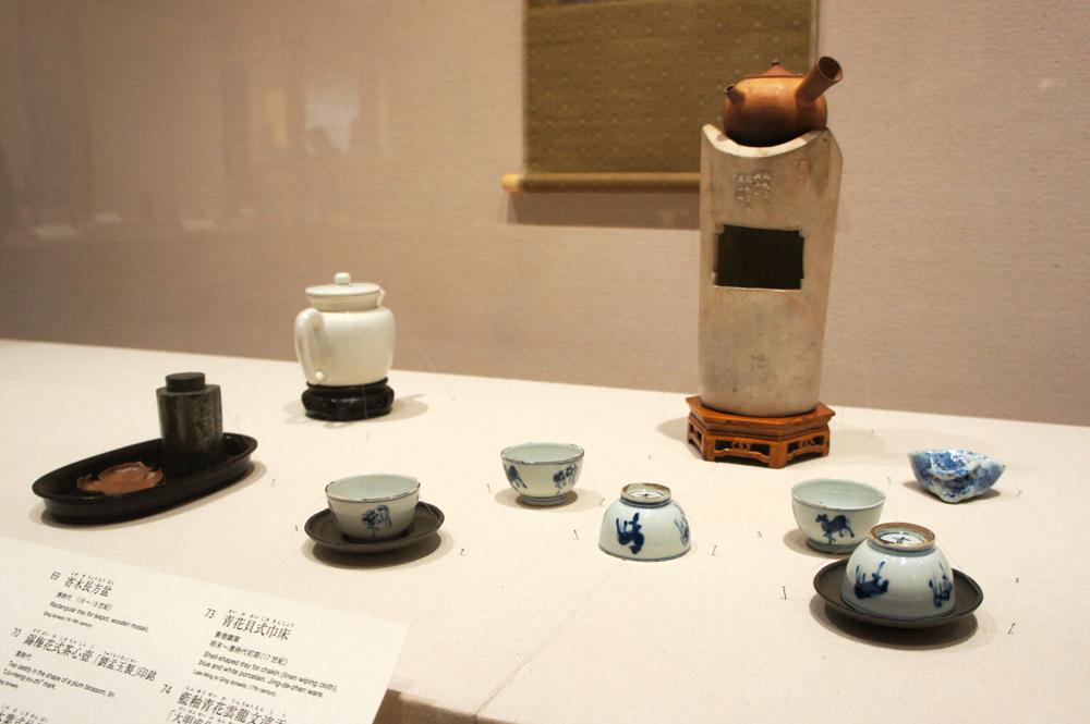 『墨縁奇賞』(明治26年<1893年>刊)掲載の煎茶席取合せ(明治24年開催)