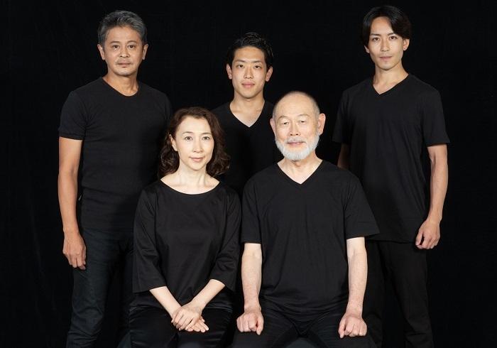 Wキャスト雷神チーム(前段左から:山崎美貴 、石鍋多加史、後段左から:中村繁之、松村桜李、小原悠輝)