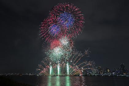 最高の夏が来た! イープラス特設会場から見た『第29回なにわ淀川花火大会』をレポート