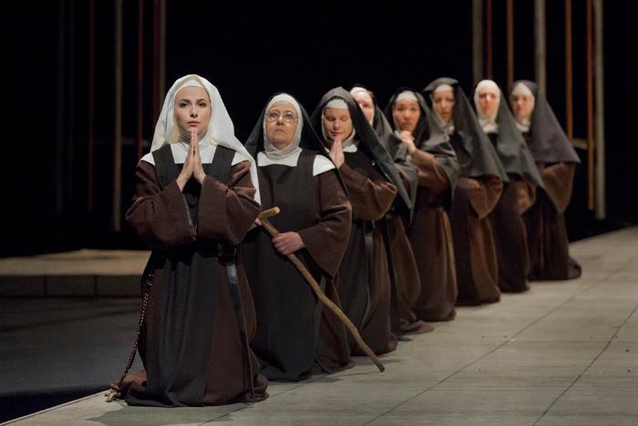 『カルメル会修道女の対話』 (c)Ken Howard/Metropolitan Opera