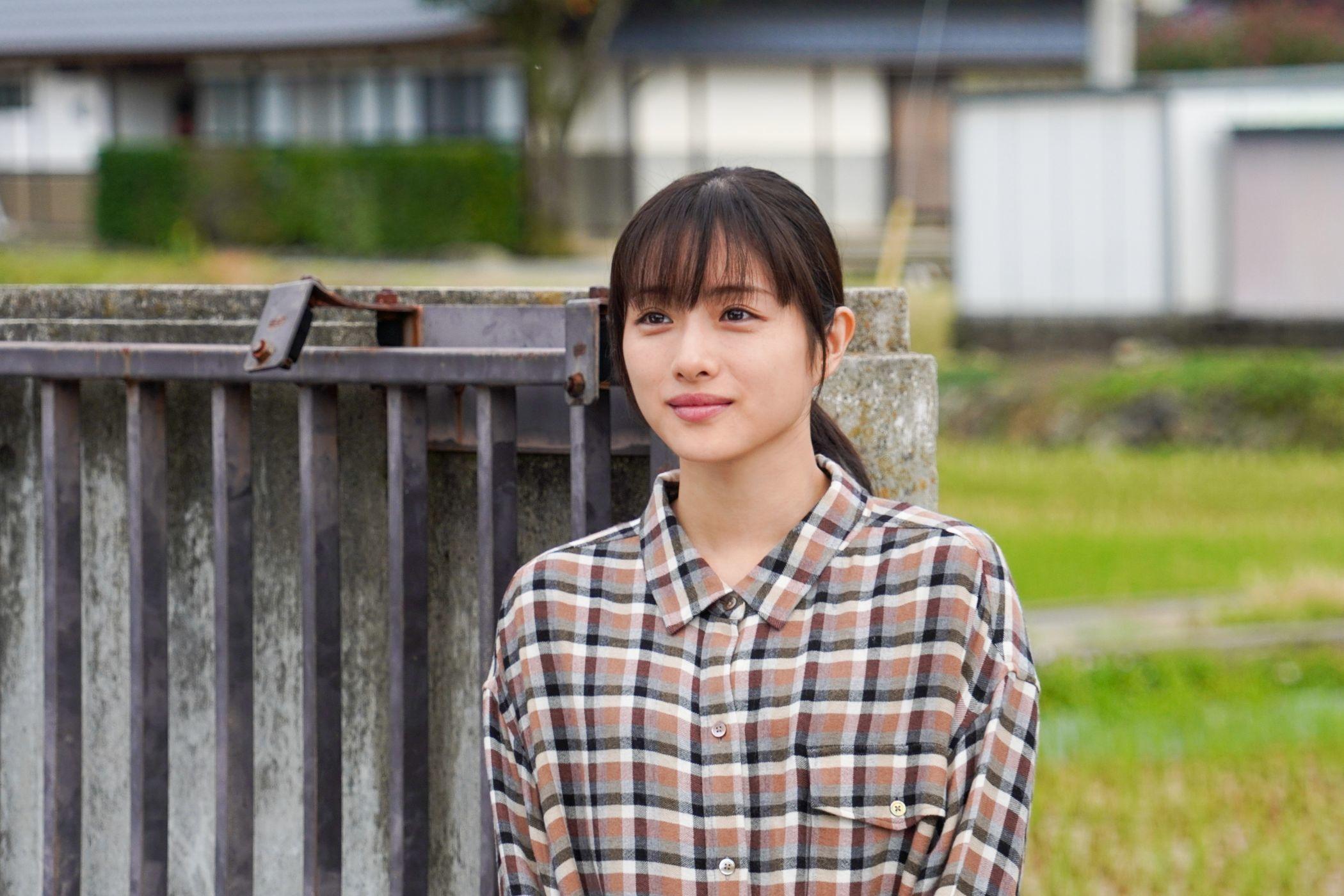 石原さとみ 新春ドラマスペシャル『人生最高の贈りもの』  (C)テレビ東京
