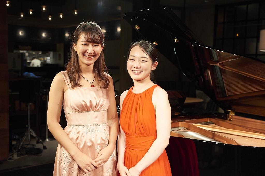 (左から)原嶋唯、田原綾子
