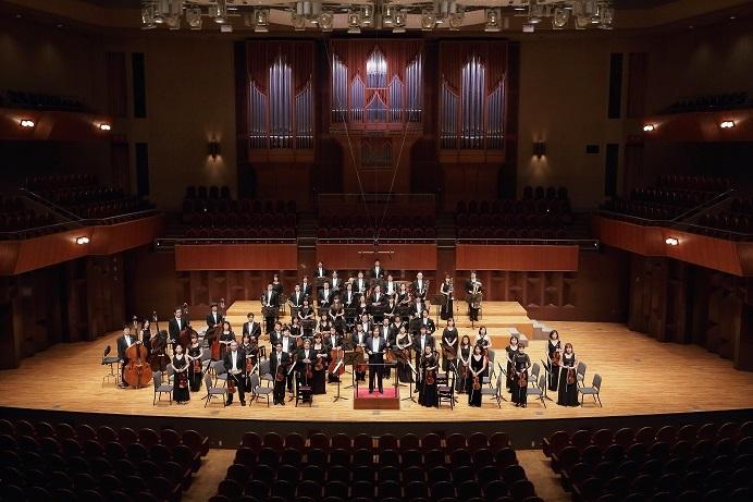 日本センチュリー交響楽団と首席指揮者 飯森範親  ザ・シンフォニーホールにて (C)s.yamamoto
