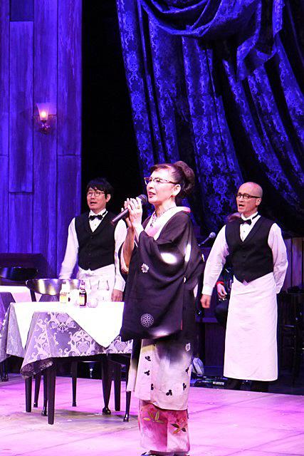 移動レストラン『ア・ラ・カルト』舞台写真
