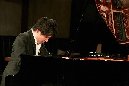 ピアニスト青木智哉が広げた、ディズニーメロディーの豊かな可能性