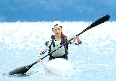 オリンピックメダリストらは女優・中条あやみの演技に何を見た? 映画『水上のフライト』に小谷実可子、岩崎恭子らがコメント