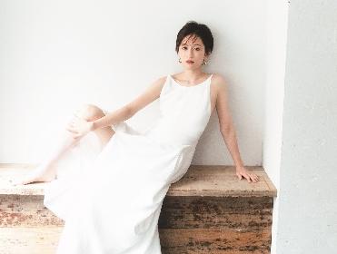 女優・前田敦子が家族・結婚・出産・パパラッチ・事務所からの独立まで語る 初のフォトエッセイ『明け方の空』収録カットを先行公開