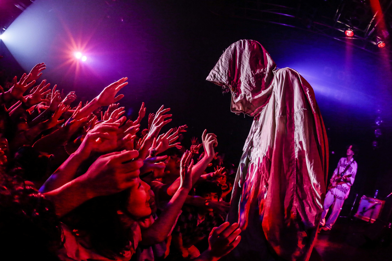"""ドレスコーズ『""""THE END OF THE WORLD PARTY""""TOUR』ファイナル公演"""